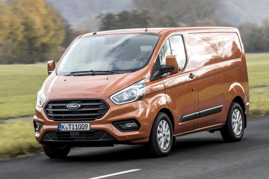 new ford transit custom is unveiled. Black Bedroom Furniture Sets. Home Design Ideas