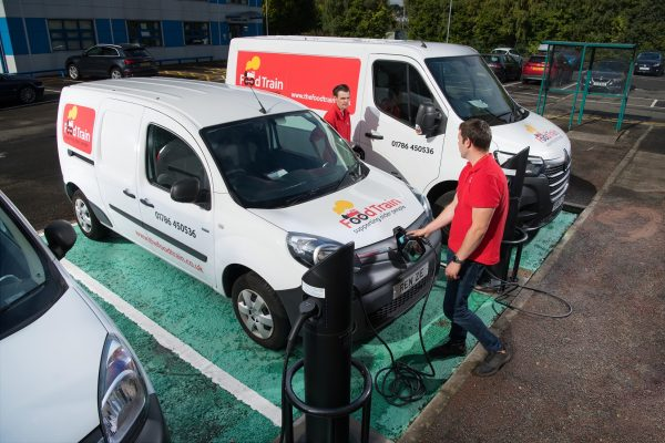 harging the Renault Master Z.E.