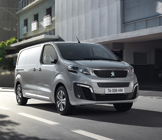 IVOTY Peugeot e-Expert wins - pic in street